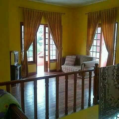 Villa Cipendawa Pink, Tempat Menginap yang Nyaman Bersama Teman