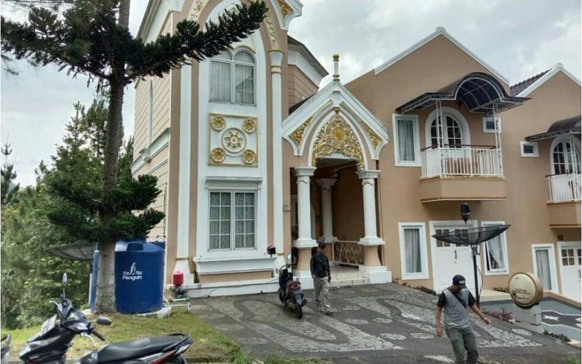 Sewa Villa Kota Bunga DD4 Private Pool,Solusi Villa Mewah Berlibur di Puncak Bogor