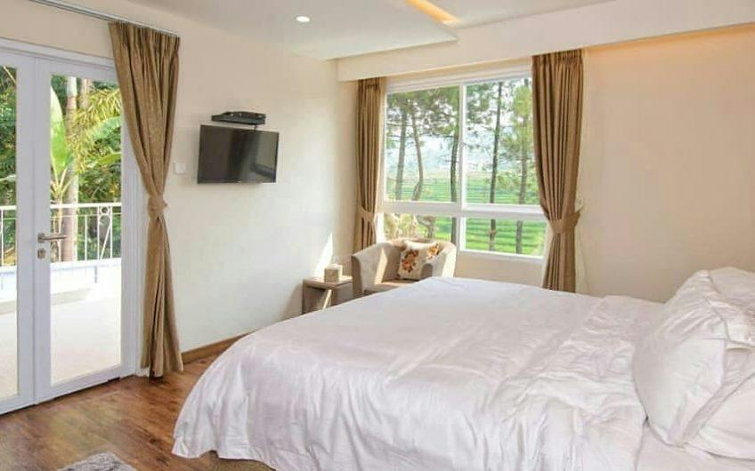 Villa Alwaha C Kota Bunga, Sewa Villa Nyaman dengan Pemandangan Indah di Puncak