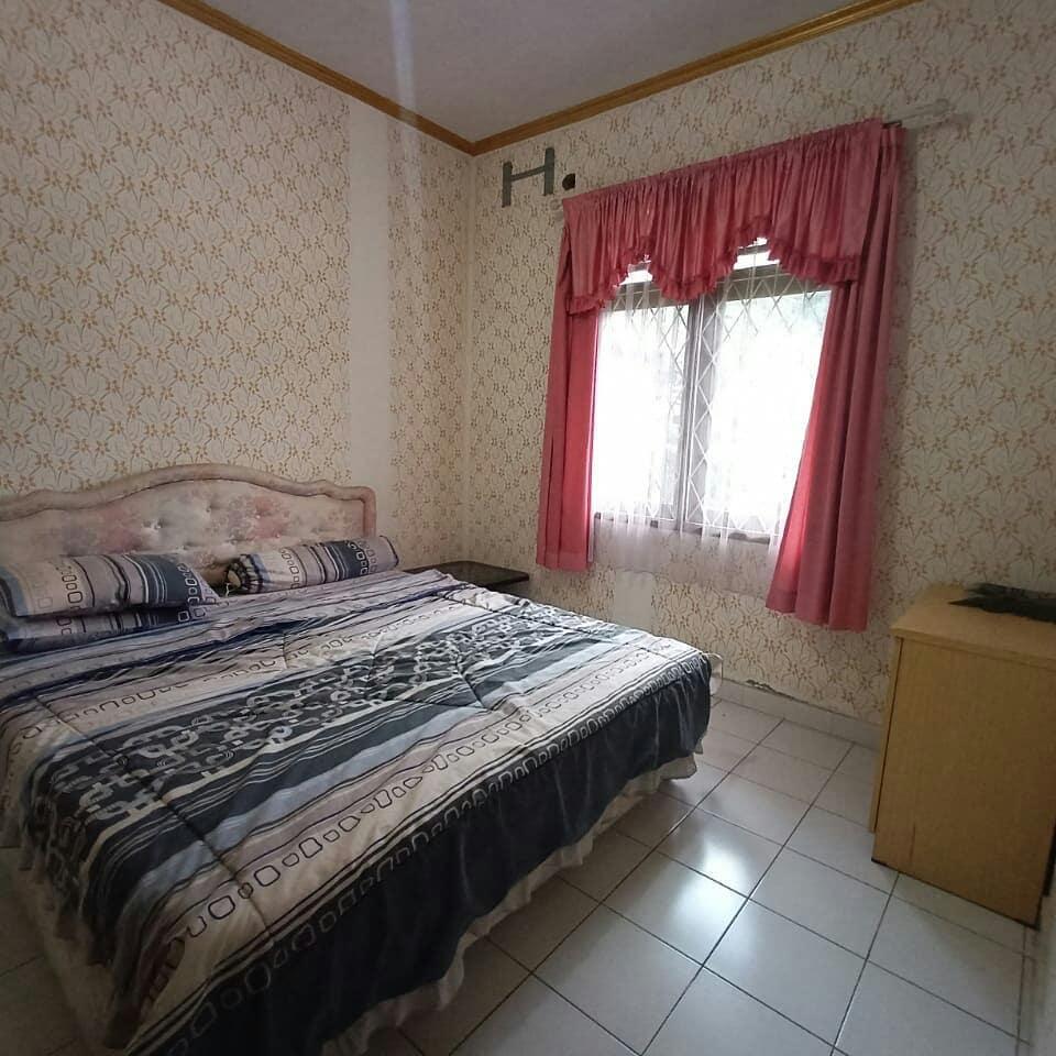 Villa Bougenville B , Sewa Villa Bungalow Puncak