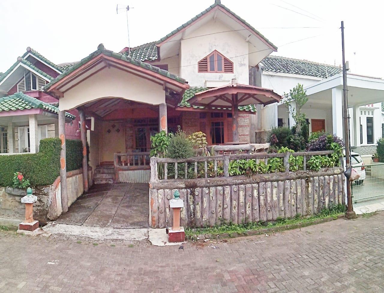 Villa 18, Villa Murah Cipanas 6 Kamar Tidur