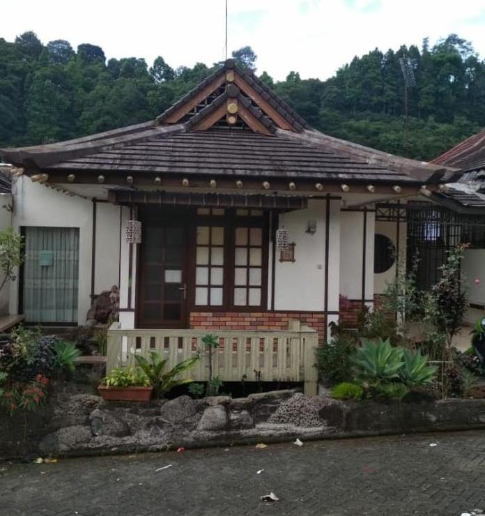 Sewa Villa Model Jepang 2 Kamar Tidur 4 6 Orang Puncak Cipanas Sewavillapuncak Id