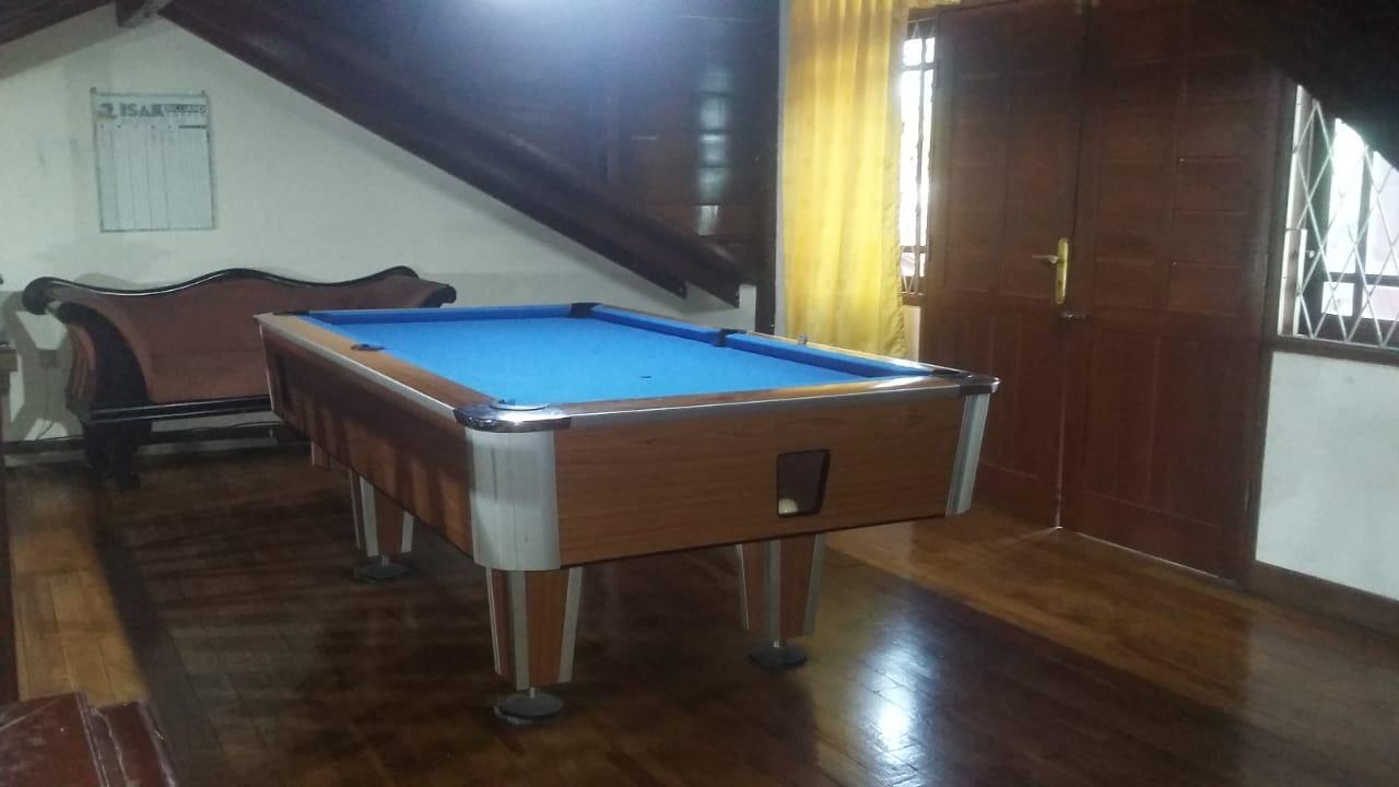 Villa Kayu,Villa Puncak 1.500.000 5 kamar Tidur Fasilitas Billiard